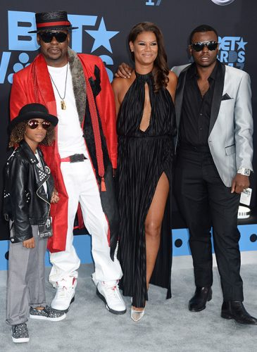 bobby-brown-and-family-bet-awards-20171