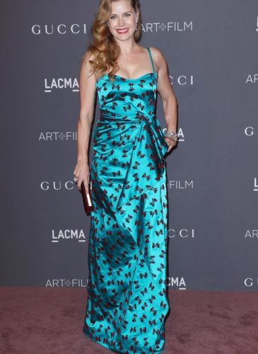amy_adams_lacma_rex_features_jpg_8930_north_499x_white