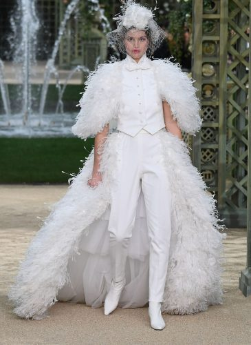 hbz-couture-spring-summer-2018-chanel-01-1516719044
