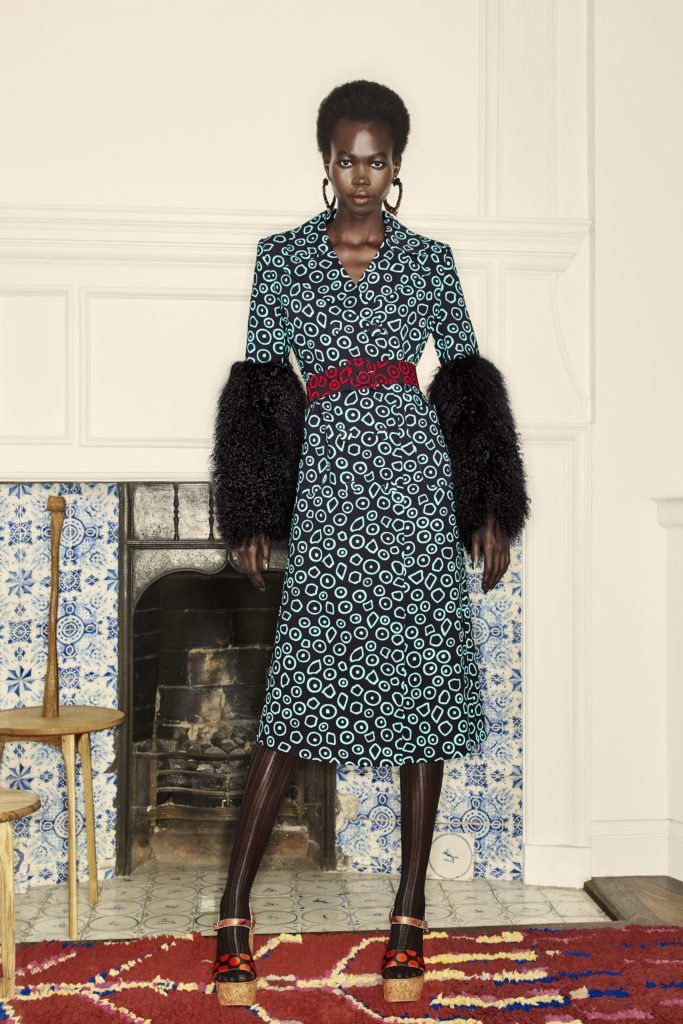 LET'S TAKE A LOOK INTO DURO OLOWU'S COSMOPOLITAN, CHIC, AFRIQUE COLLECTION