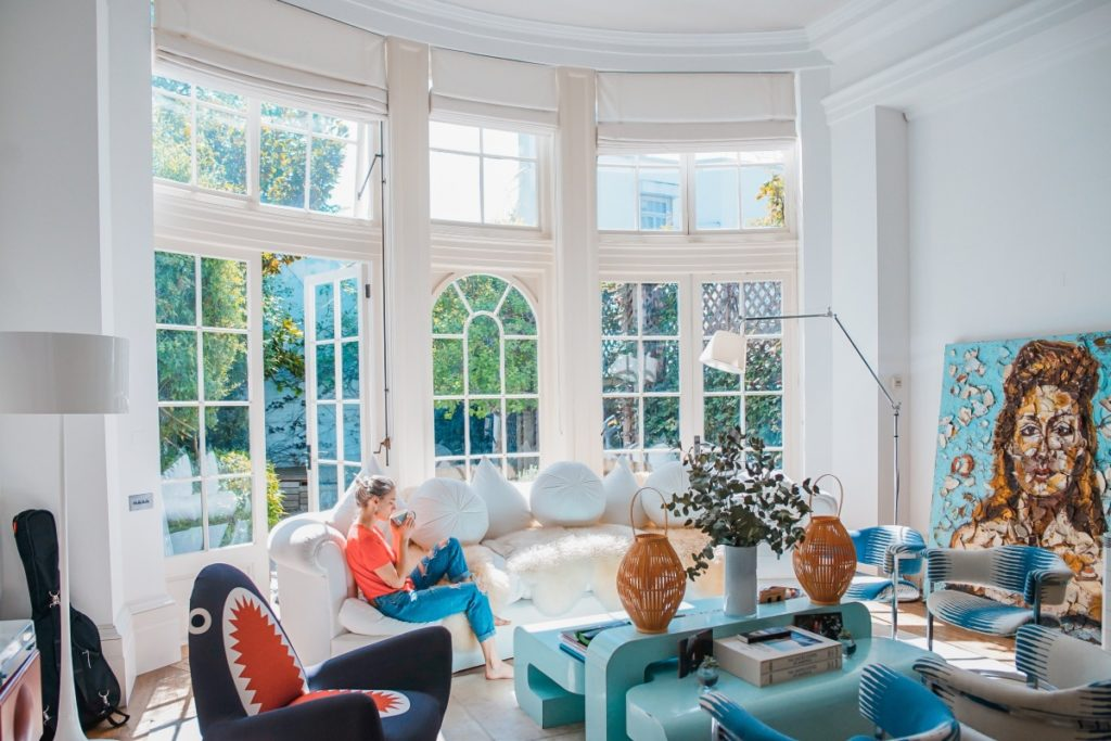 5 WAYS TO CREATE AN ETHNIC LIVING ROOM